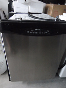 SS Maytag Dishwasher in Excellent Condition