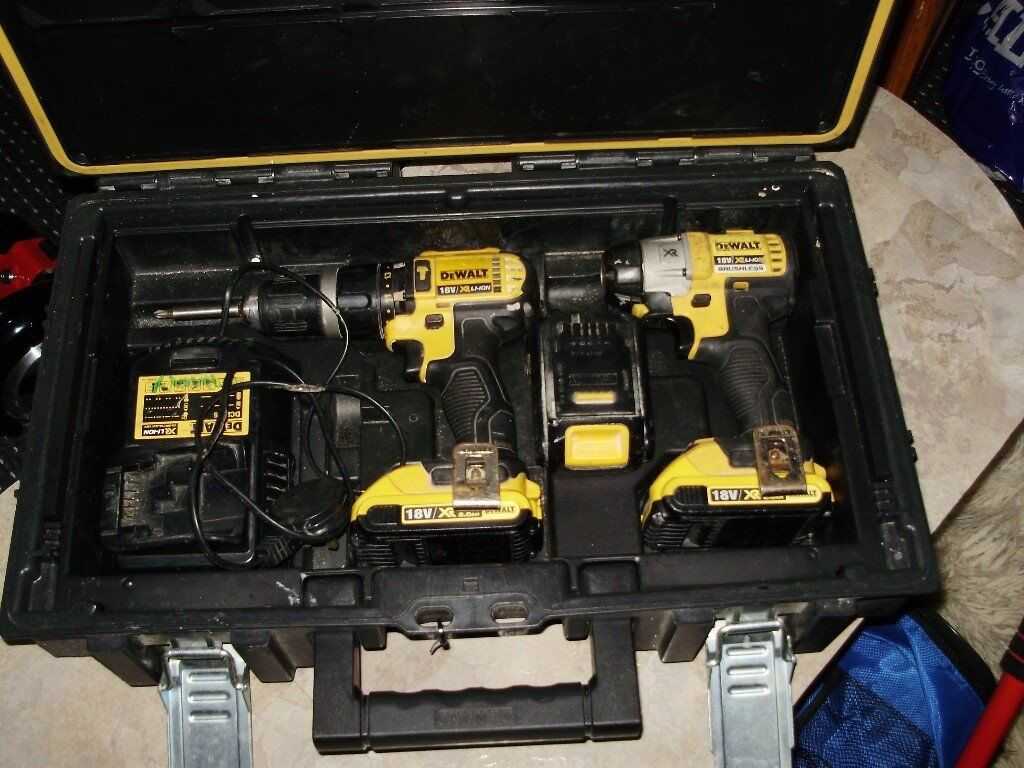 dewalt drill setin Coatbridge, North LanarkshireGumtree - dewalt 18v drill set drill good condition .18v impact driver good condition .. 2 x 2 AH batterys holds full charge ..1 x 1.5AH battery holds full charge ..battery charger and dewalt box to fit all above ..£150 no offers ,,,any test is welcome