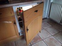 Indesit under counter integrated larder fridge 60cmx60cm