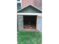Ideal chicken coop with roosting and laying areas, could house 10 ckickens easily.