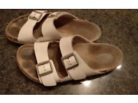 Birkenstock paid £80 in amazing conditions only £12 size 43