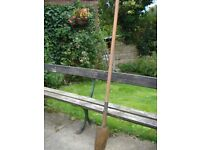 Delva , long handled shovel