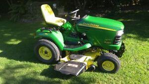 """John Deere X485 4 wheel steer lawn tractor with 54"""" deck"""