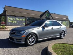 2014 Mercedes-Benz C-Class 300 / NAVIGATION / SUNROOF/ LEATHER