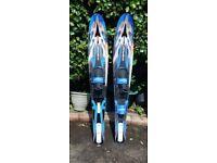 Obrien chidrens water ski pair