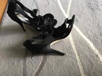 Black size 7 ladies shoes