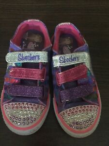 Skechers sneakers!