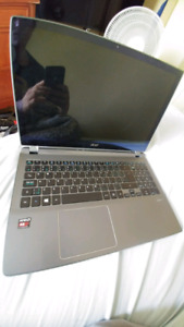 Selling acer touch screen laptop