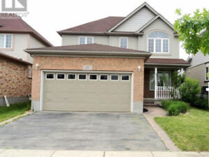 one minute to 401 in most desirable hespeler area