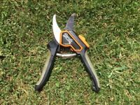 Garden secateurs