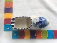 Collectable. Delft blue and white clog ornament ashtray. See all photo