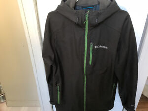 Columbia hooded spring/fall jacket