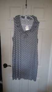 Women's fitted collared dress