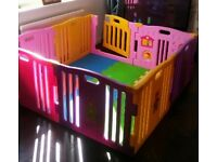 Large play pen