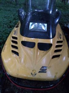 Motoneige Ski-Doo MX-Z (Formula-Z)
