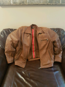 Beautiful Danier Tan Ultra Soft Leather Jacket