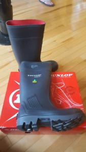 Men's Dunlop Purofort steeltoe boots/ BRAND NEW / size 7.