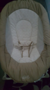 Baby vibrating lounge, chair.