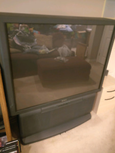 "64"" projection tv"