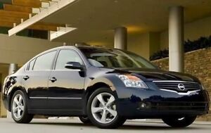2009 Nissan Altima - Loaded/Low KMS