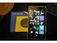 Nokia Lumia 1020 + camera grip