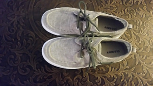 BRAND NEW NEVER BEEN WORN BOYS GREY BOAT SHOES $10