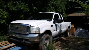 2004 Ford F350 XLT  Super Duty Turbo Deisel