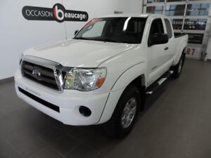 2010 Toyota Tacoma SR5 KING CAB + CLIMATISATION  + REGULATEUR