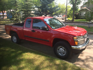 2008 Chevrolet Colorado Red Pickup Truck