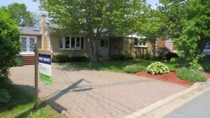 Dart - 3Br 1.5 Bungalow  Lakeview Private Yard Avail Sept 1st