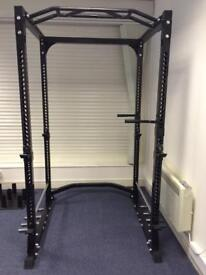 Power cage (strength shop)