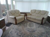Bargain !!! 2 & 3 Seater Cream Leather Sofa for sale