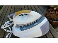Russell Hobbs Steam Glide Iron 2200