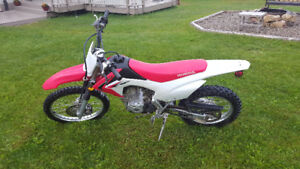 Crf125f      excellent condition