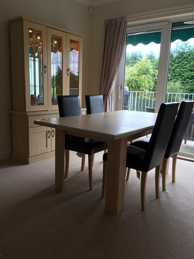 Extending Dining Table 4 Leather Effect Chairs Matching Display Cabinet