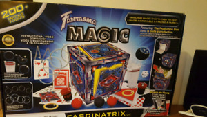 Fantasma's Fascinatrix magic set Kid Toy