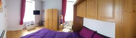 1 fully furnished locked room in central Peterhead
