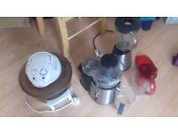 kitchen gadgets blender juicer water filter and oven