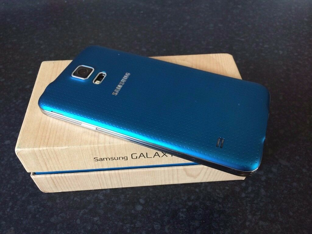 SAMSUNG GALAXY S 5 SIM FREE GRADE A BLUE WITH CHARGER AND THREE MONTHS WARRANTYin Stoke on Trent, StaffordshireGumtree - SAMSUNG GALAXY S 5 SIM FREE GRADE A IN BLUE COMES WITH CHARGER AND THREE MONTHS WARRANTY!!!!!!!!!!!!!!!!!!!!!!!!!!!!!!!!!