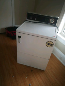 Hotpoint dryer for sale 75 OBO