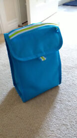 FREE coolbag for lunches / picnics / work / school