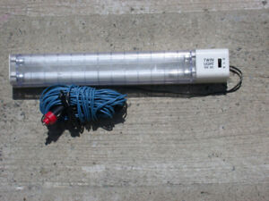 Portable 12V RV/Camping fluorescent lamp – Lampe fluorescente 12
