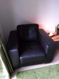 Black/Brown modern armchair