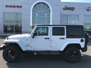 2016 Jeep WRANGLER UNLIMITED SAHARA HARD TOP w/LIFT & Dick Cepek
