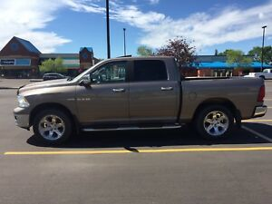 2009 Laramie fully loaded. $15,000