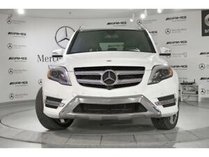 2015 Mercedes-Benz 350 GLK 4MATIC - SHOW ROOM READY