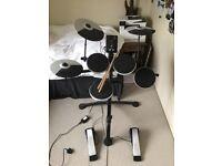 electric drum kit - roland td1k