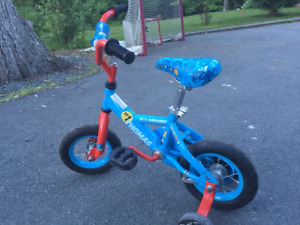 Thomas the Tank Engine kids bike with training wheels