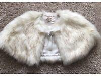 Gorgeous vintage style faux fur cape