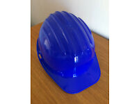 PROTECTIVE ADJUSTABLE HARDHAT/ HELMET-NEW